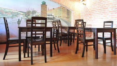 Restaurantbestuhlung mit Holzstuhl BIANCA und Holztische KIAN