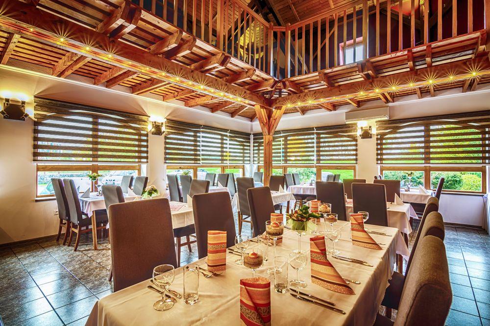 Restaurantstuhl-Hochlehnstuhl-ALBA