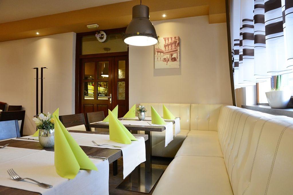 Gastronomiebank-Dinerbank-LUCCA