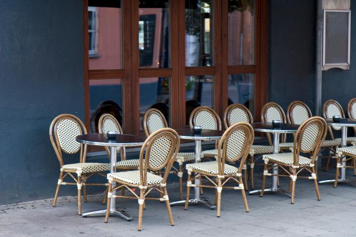 Outdoorstuhl BAMBU im französischen Stil