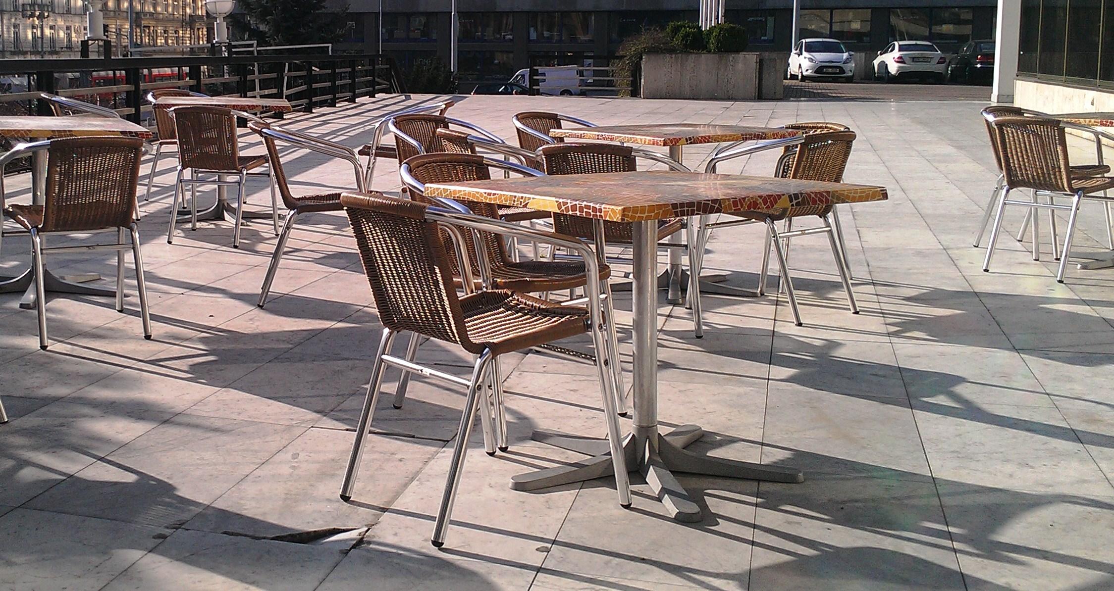 Cafestühle für den Außenbereich